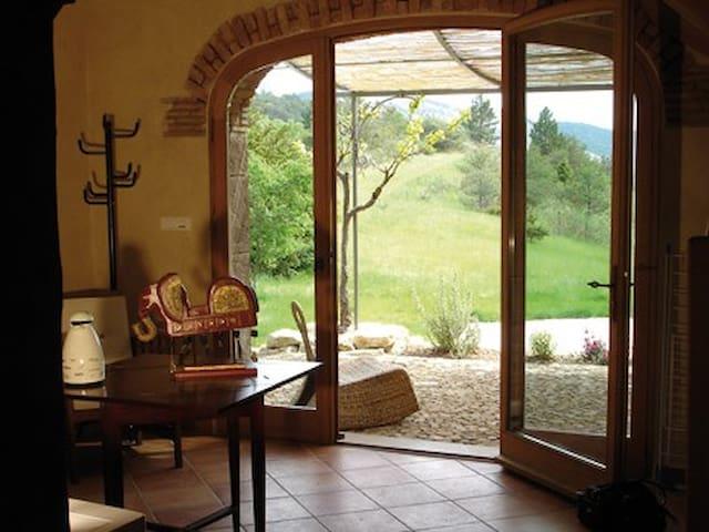 Gite romantique au coeur dela Drôme - Eygluy-Escoulin - Apartament