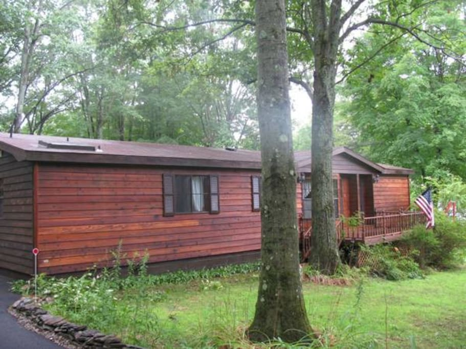 Saratoga lake house track rental houses for rent in for Vacation rentals in saratoga springs ny