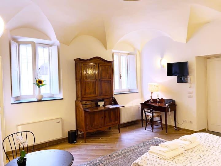Minimum Apartment