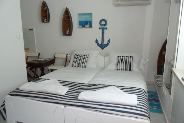 Room LEON is in the Centre of Split - Split - Huis
