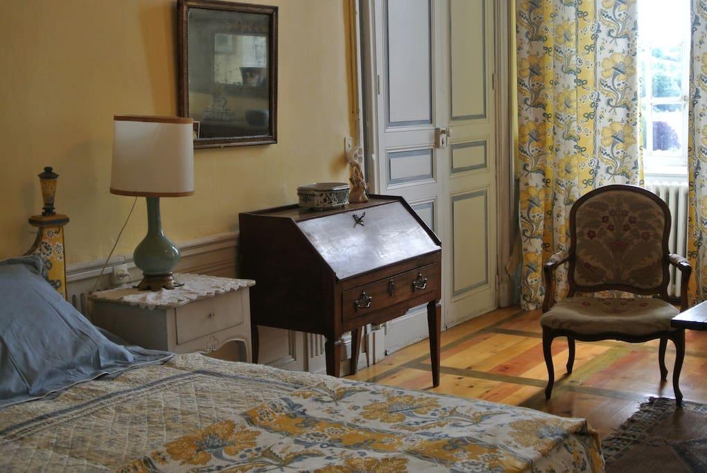 Suite du pont d 39 avignon chambres d 39 h tes louer le for Avignon chambre d hotes