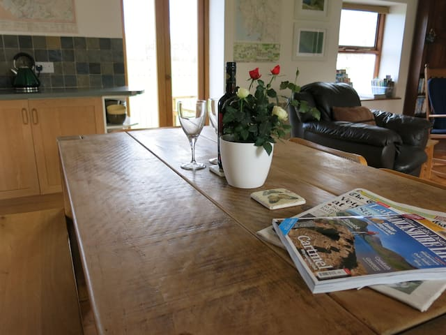 Cark in Cartmel - cottage sleeps 2-4 - Cumbria - บ้าน