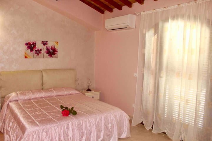 Airbnb Donoratico Vacation Rentals Places To Stay
