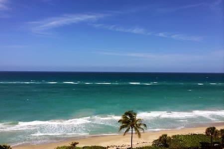 Jupiter Beach Home with Ocean Views