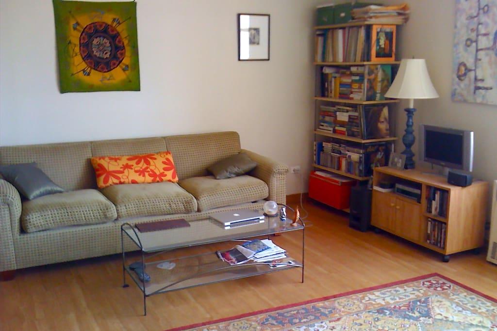 living room, sofa, coffee table