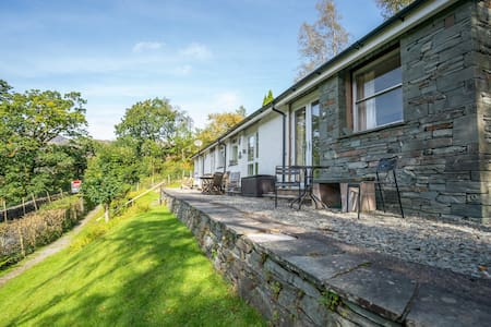 Bluebells, Langdale Valley, Sleeps 4, Great Views!