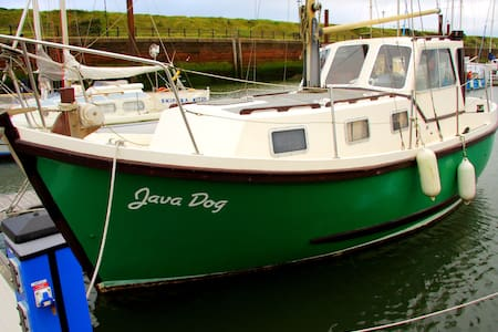 Motor Sailer, Maryport Marina - Maryport - 船