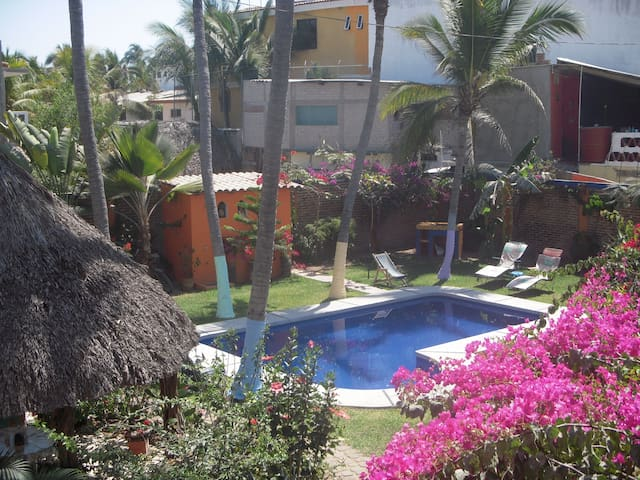 Authentic Mexican Decor Condo Near Beach - San Patricio - Kondominium