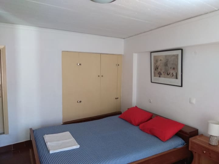 Apartment in town for medium/long term rental