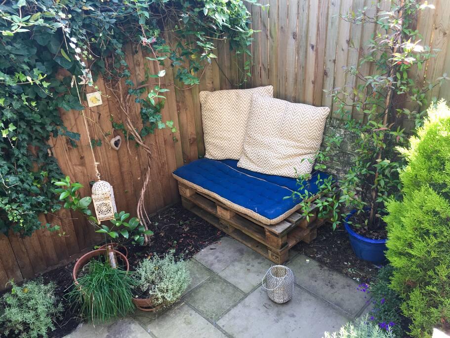 Garden -  cozy seating #1