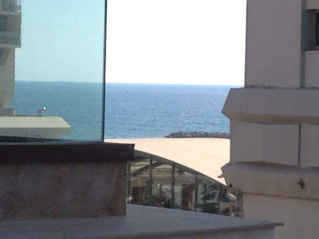 Luxury Sea view, tel aviv hayarkon - תל אביב יפו - Huoneisto