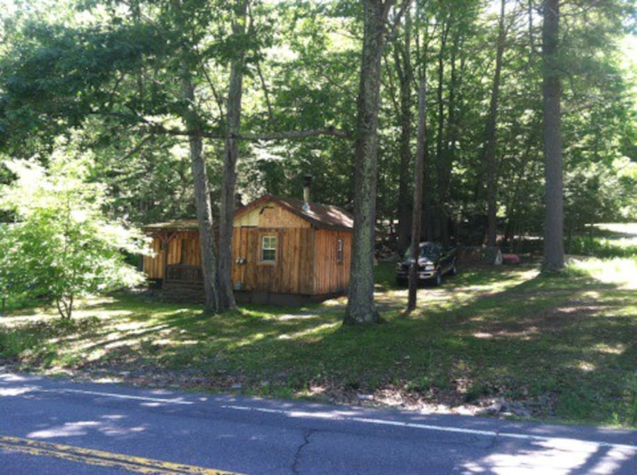 Cozy cabin cabins for rent in greentown pennsylvania for Cozy cabins pa