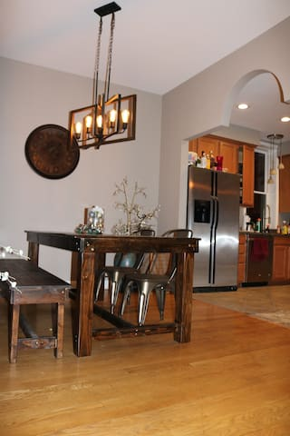large dining room and open kitchen and living room great for large gatherings