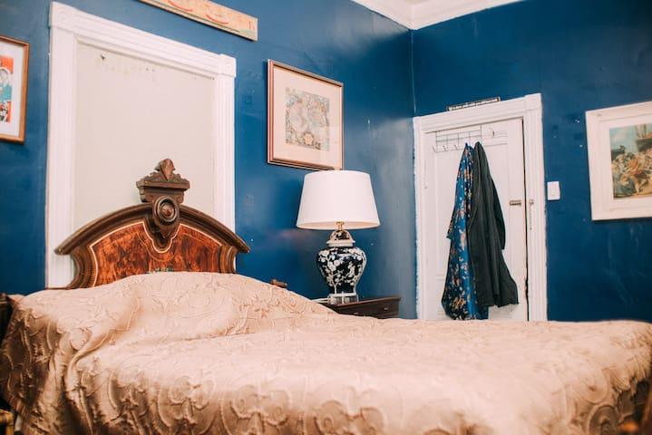 Rustic Victorian Bedchamber