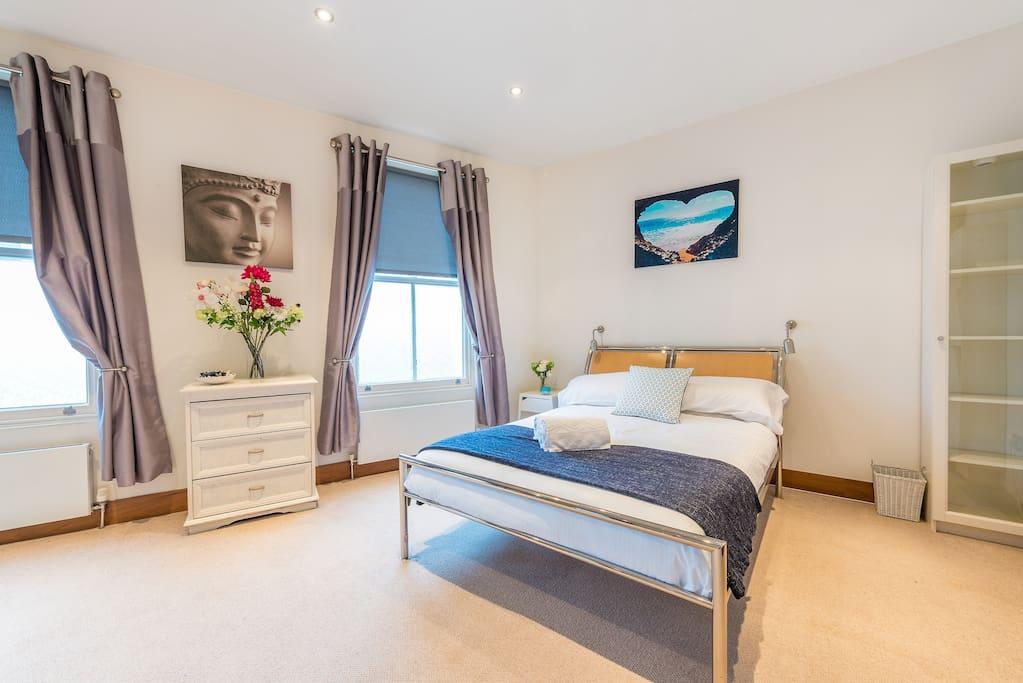 Airy, light Bedroom