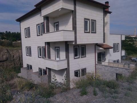 Elif Aparts, 1+1 Flat, No:9
