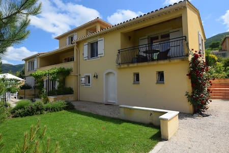 Splendid apartment with a view on Montbrun-les-Bains, near the Mont Ventoux