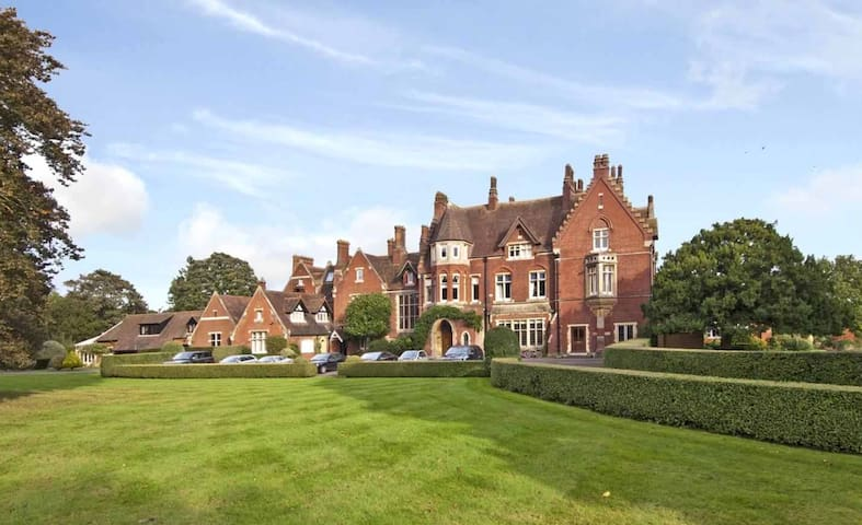 Stunning Victorian Manor House - private room - Burnham - Rumah
