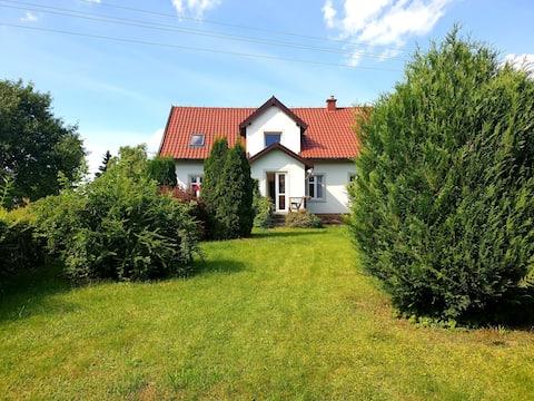 Sielankowe Studio z prywatnym ogrodem i tarasem.