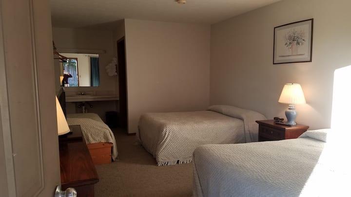 Unity Lodge Suite 9