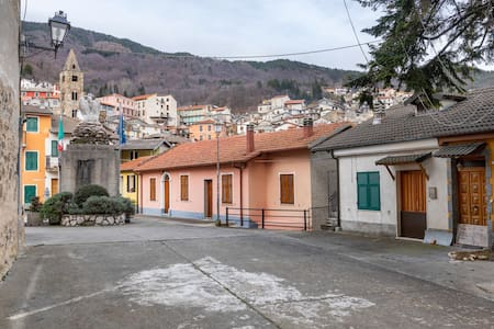 Lovely Holiday Home in Cosio d'arroscia with Heating