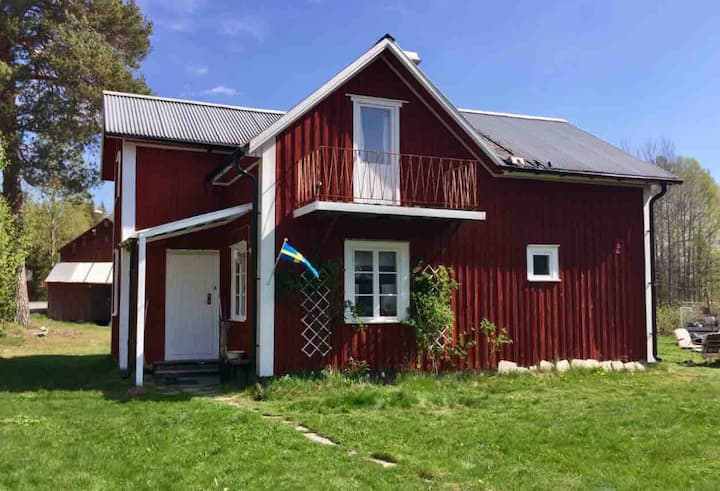 Nice cottage/Ferienhaus in wonderful surroundings
