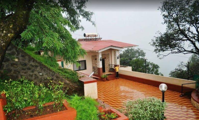 Prathamvishwa Cottage 7BHK Villa Mahabaleshwar
