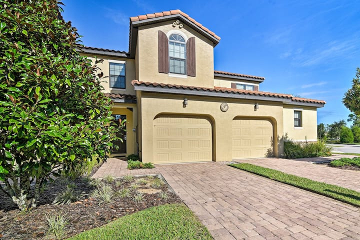 NEW! Resort Townhome w/Pool & Spa, 10 Mi to Disney
