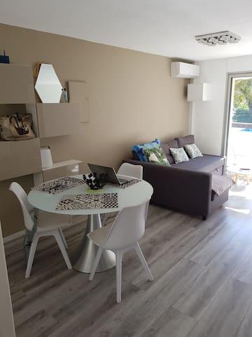 Apartement moderne. La Grande Motte. Les Cyprianes