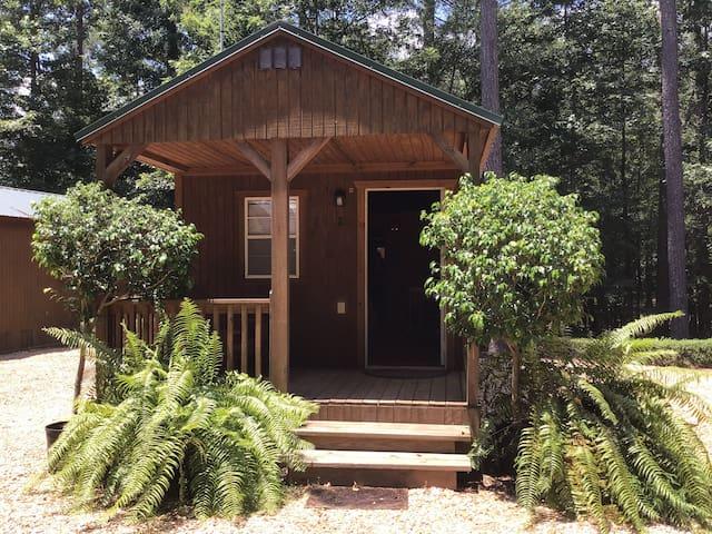 Cabin #2 at Creekwood Gardens
