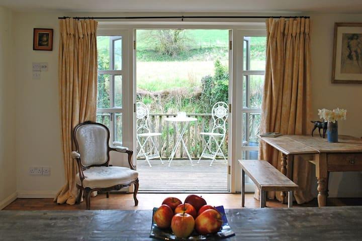 Unique, detached riverside Cottage