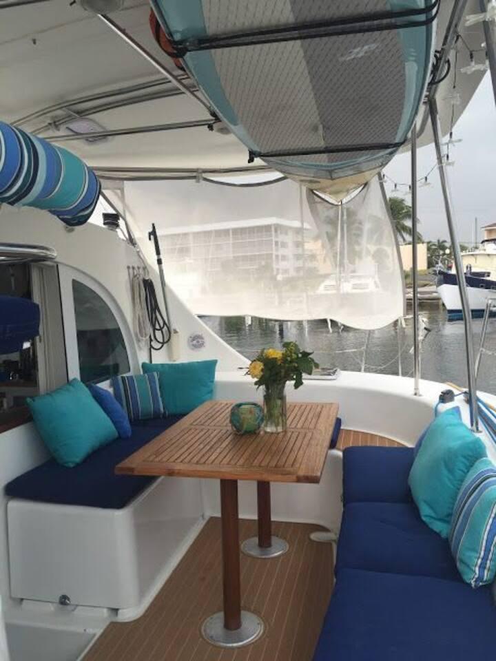 New catamaran boat, 8 persons, soft-all inclusive