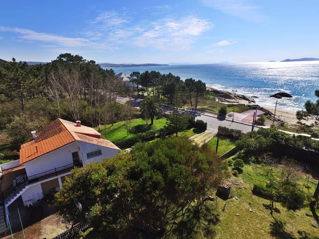 Ref. 11845 Apartment with views in waterfront
