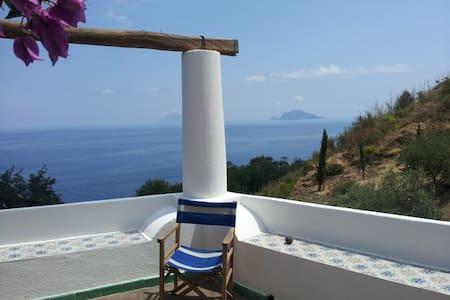 La Casa del Falco - Malfa - 단독주택