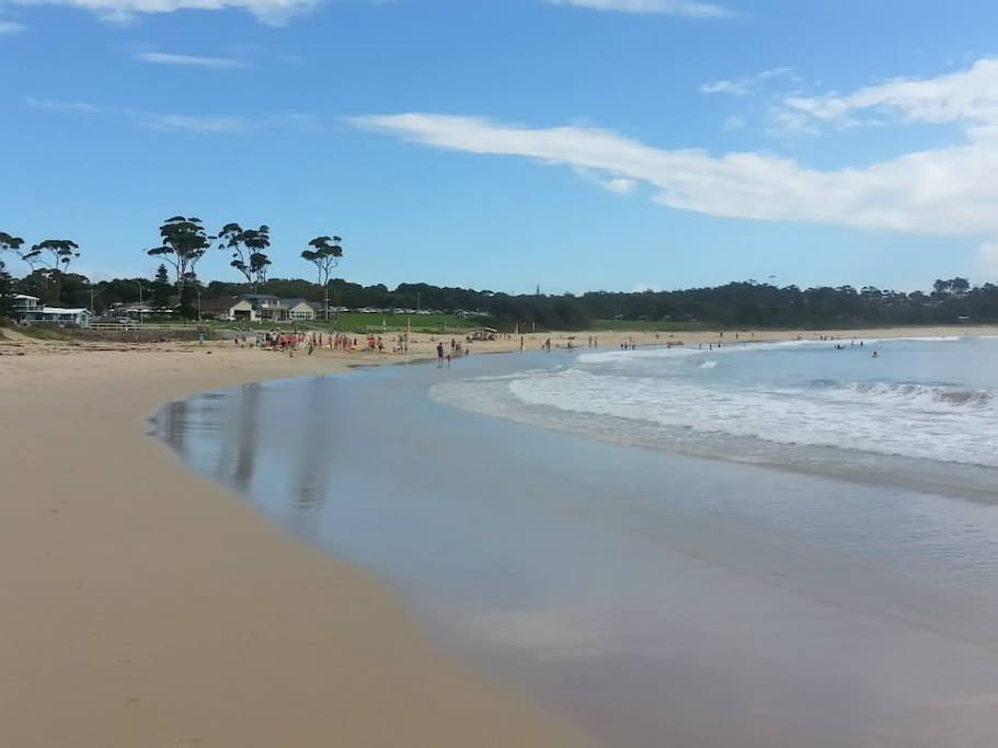 The view from the Golf Club on Mollymook Beach.