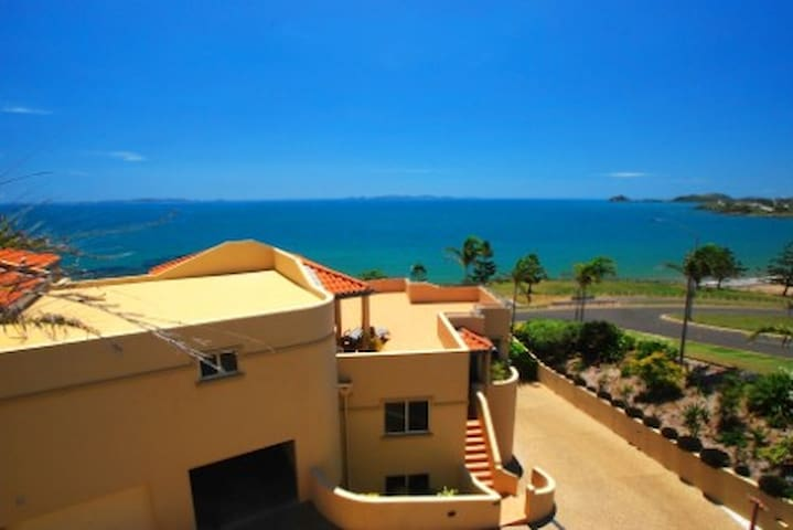2 Bedroom Apartment great views - Yeppoon - อพาร์ทเมนท์