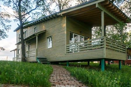 Шведские Дачи, Зеленый Дом - Samara - House