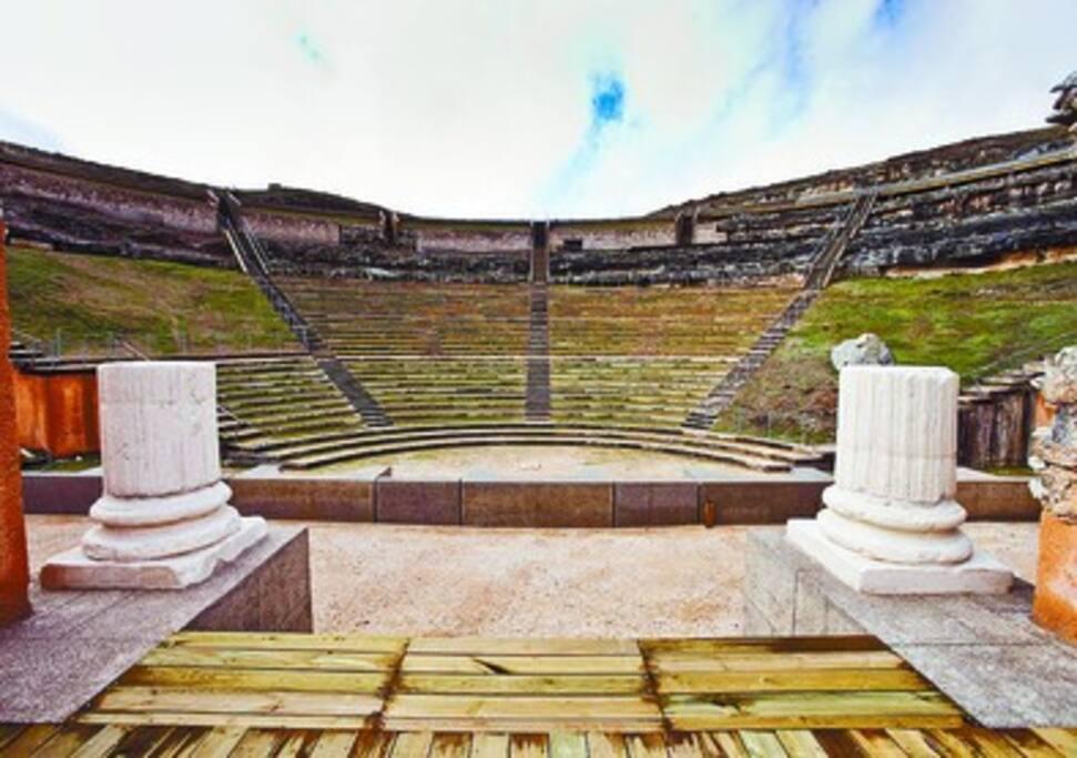 Fotos desde la webb de Clunia, ruinas romanas