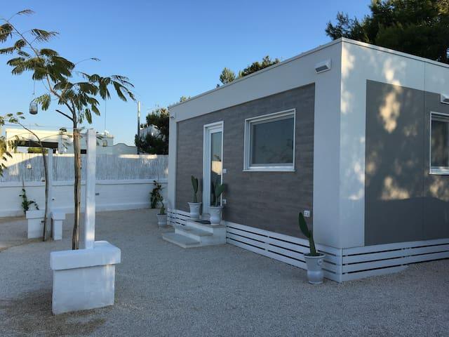 Casa con giardino a due passi dal mare