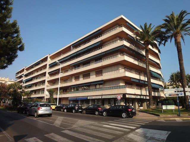 APPARTEMENT JUAN LES PINS - Antibes - Appartement