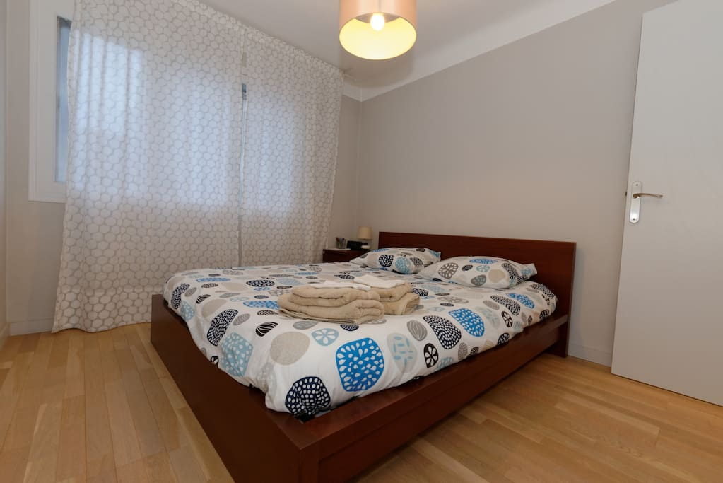 Bedroom with EU King Size bed