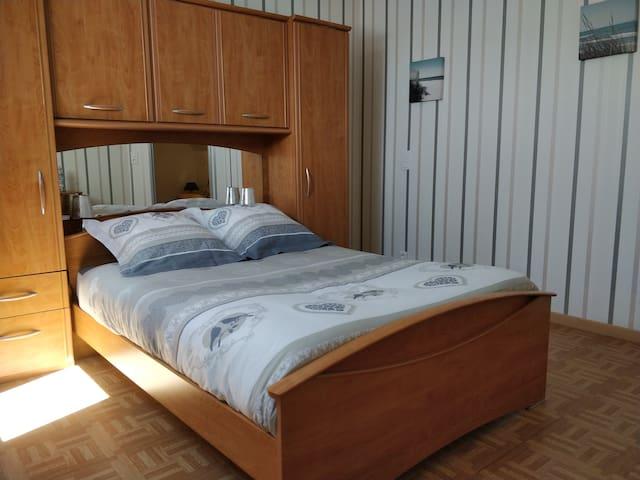 Chambre 1 avec lit-pont