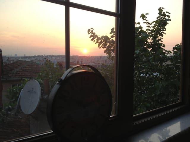 (5)Great Location Near Taksim  - Istanbul - Apartment