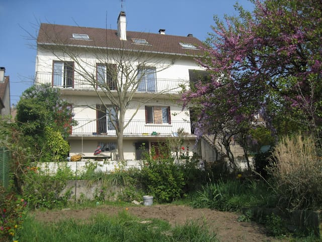 Charming spacious house in front of Paris - Pontoise