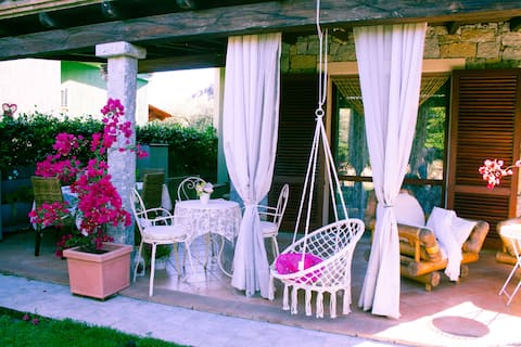 Beautiful detached villa with free wifi and climate