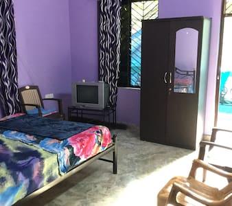 Colva Budget Room For Rent - Colva - House