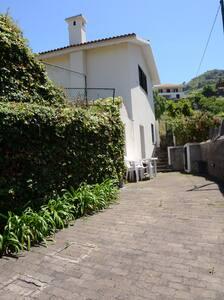 Casinha do Paiol - Porto da Cruz - Madeira - House