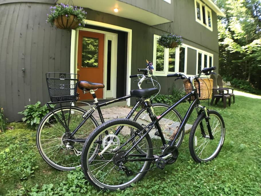 Go biking right from the house and 2 cruiser bikes available for your use!
