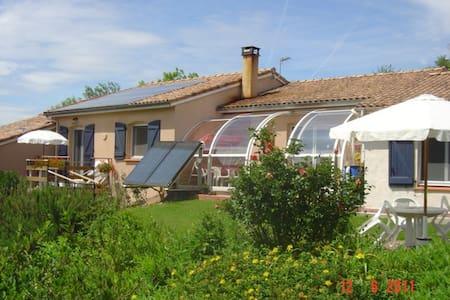 Chambres d'Hôtes - Saint-Pierre-de-Rivière