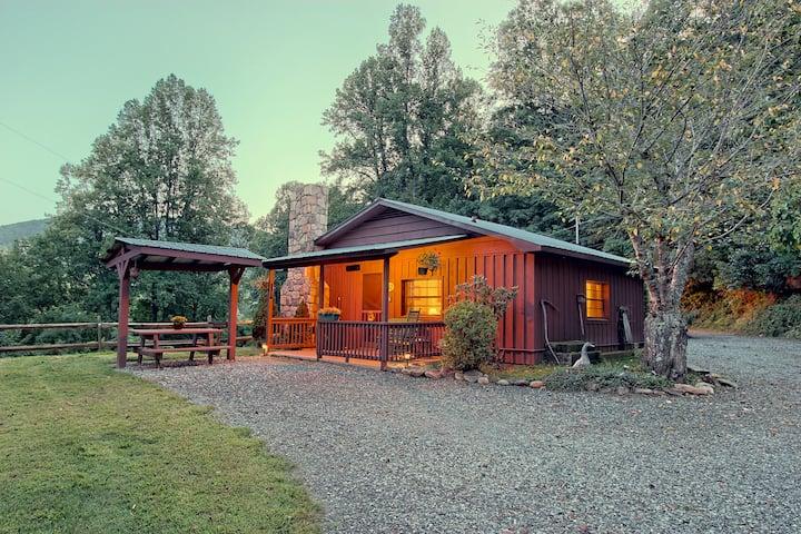 Opossum Cabin @ Sunset Farm Cabins
